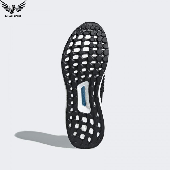 Giày thể thao Adidas UltraBoost Laceless BB6140