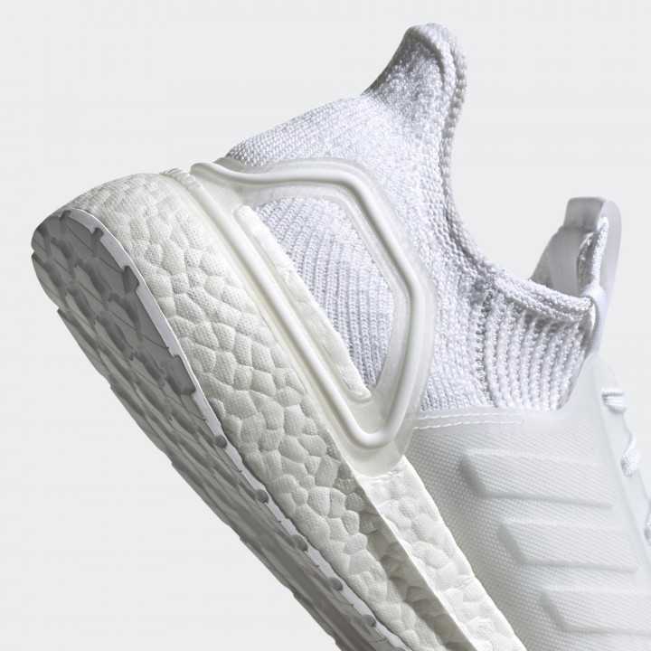 Giày thể thao Adidas Ultraboost 19 G54008
