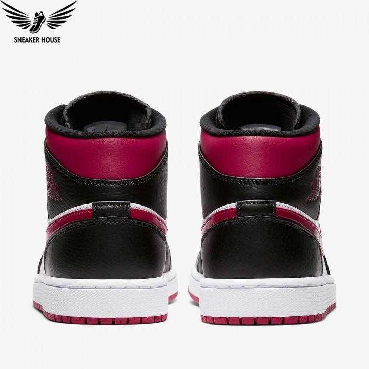 Giày thể thao Nike AIR JORDAN 1 MID BRED TOE 554724-066