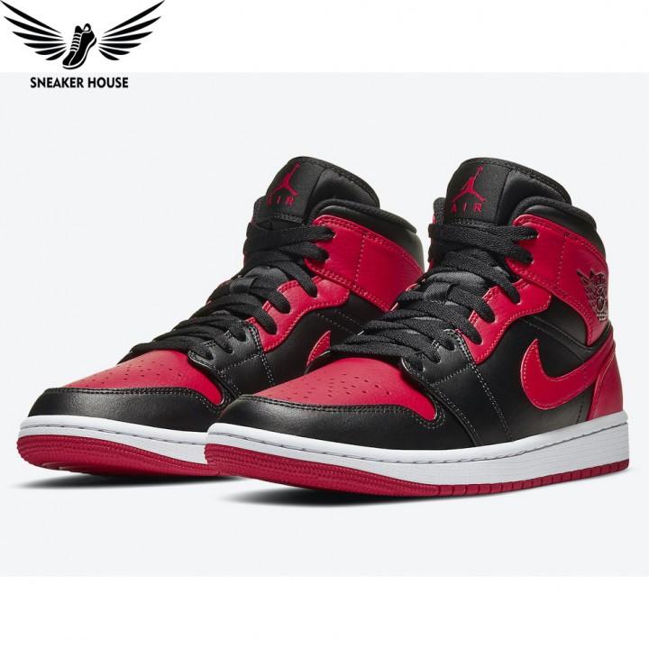 Giày thể thao Air Jordan Bred 554724-074